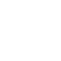 białe logo firmy Kozinskifoto fotografia ślubna i okolicznościowa