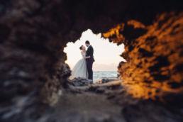 Zdjęcie ślubne z portfolio fotografa ślubnego pokazujące parę młodą podczas pleneru ślubnego