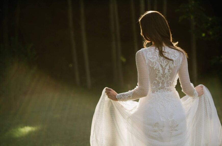 Naturalna ślubna sesja plenerowa