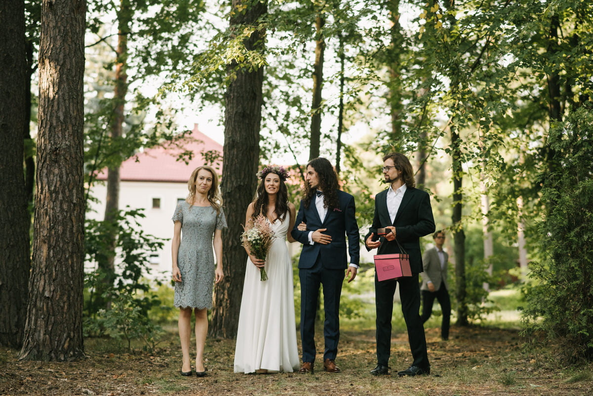 ślub cywilny w lesie