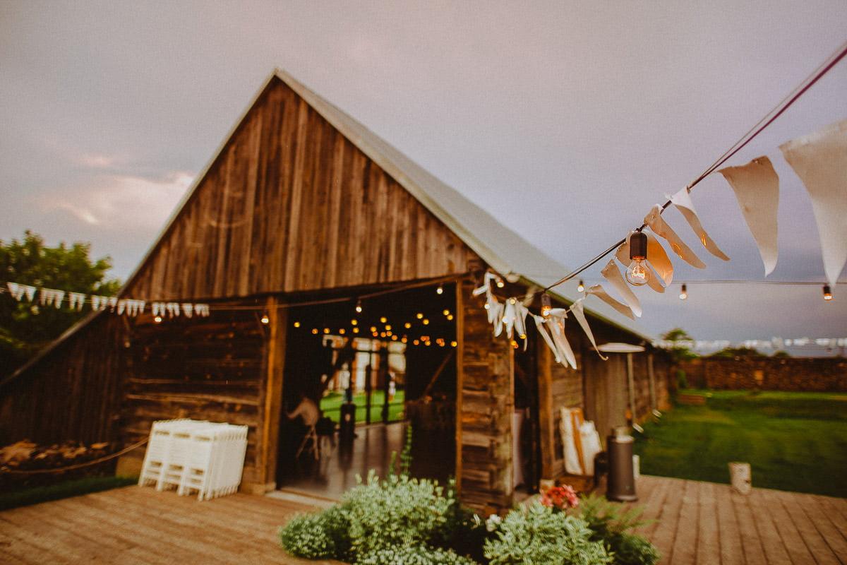 Folwark Ruchenka - rustykalna stodoła na wesele w Mazowieckim