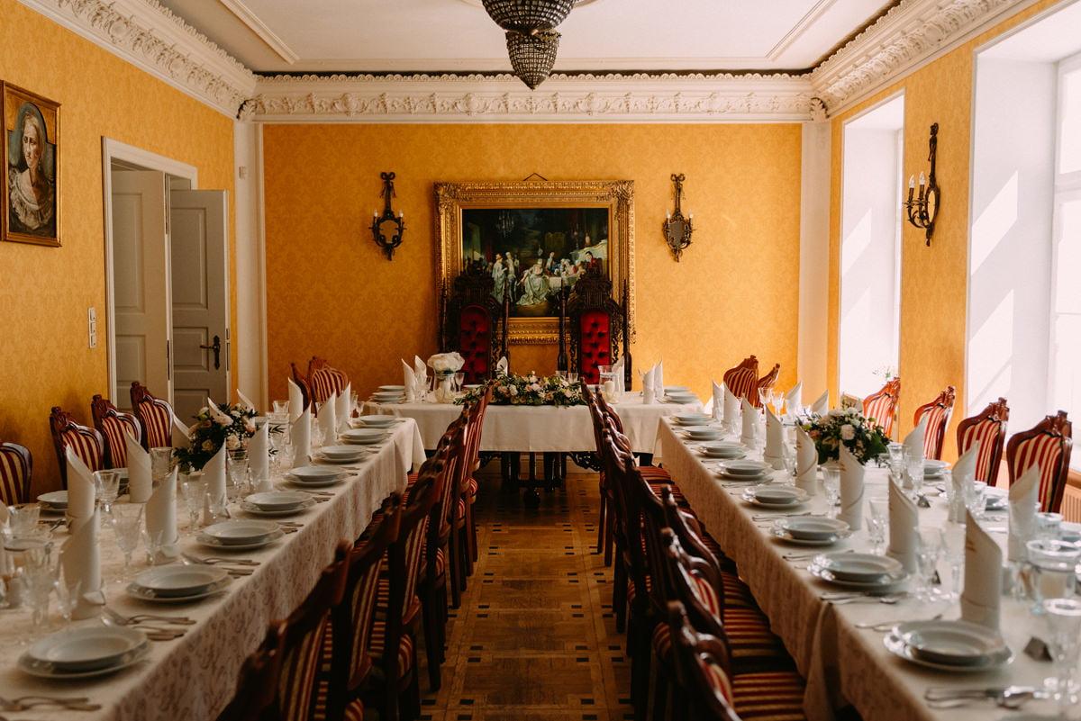 wnętrze pałacu Lasotów - elegancka sala weselna Mazowieckie
